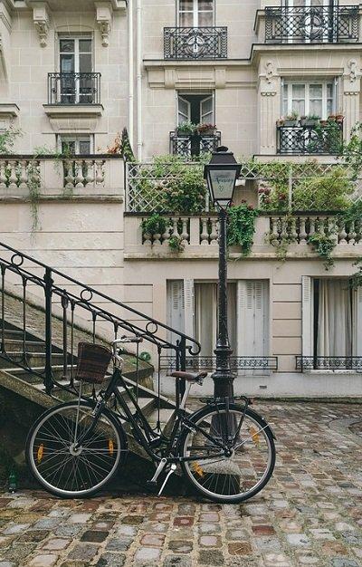 iGame voita matka Pariisiin